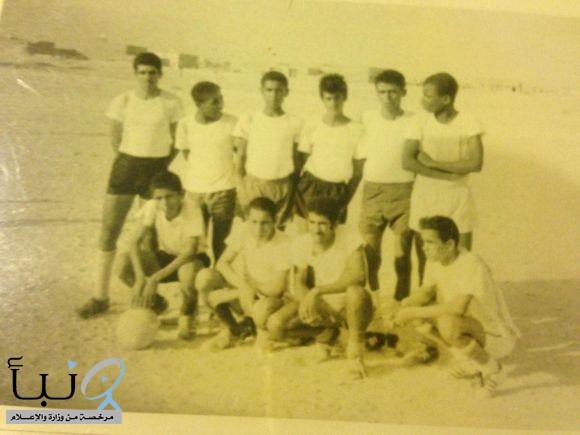 فريق الوحدة بحي العقم #بالخرج في صورة قبل 45 عام