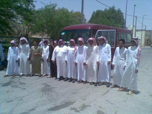 طلاب صيفي نعام يغادرون الى  مكة المكرمة  لتادية العمرة