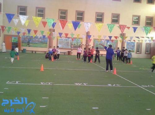 بدء فعاليات نادي الجامعة الرياضي المسائي بمدارس الجامعة الأهلية بالخرج