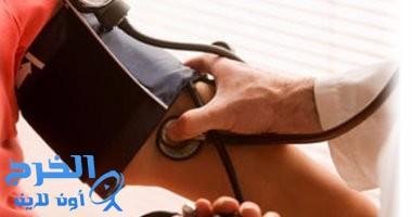 استشارى غدد صماء يشرح أسباب ارتفاع ضغط الدم