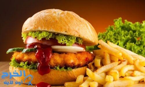 الأطعمة المصنعة والوجبات السريعة تضر الجهاز المناعى