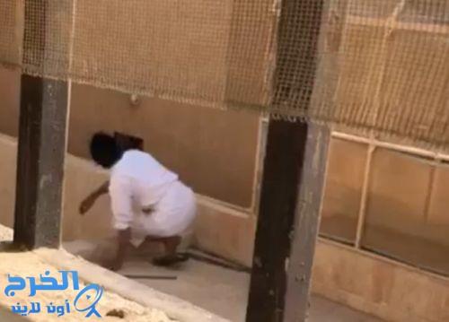 شرطة الرياض: فيديو اقتحام منزل بالعاصمة قديم وتم القبض على الجاني