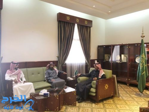 محافظ الخرج يستقبل رئيس المجلس البلدي و نائبه