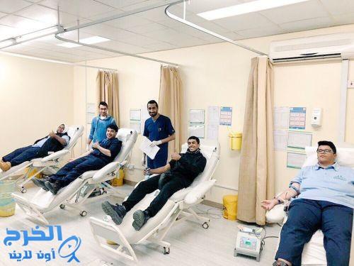 """مستشفى الملك خالد بالخرج يختتم حملة """"ومن أحياها"""" للتبرع بالدم بالتعاون مع معهد الألبان"""