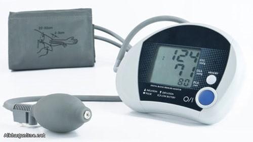 ابتكار جهاز لقياس حرارة الجسم من خلال العرق