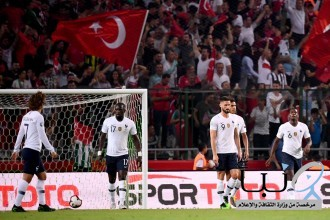 مفاجأة المنتخب التركي يهزم فرنسا  أبطال العالم بثنائية