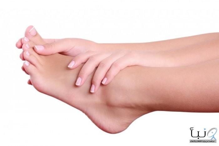 """""""الأرز المطحون"""".. علاج سحري لتشقق القدمين"""