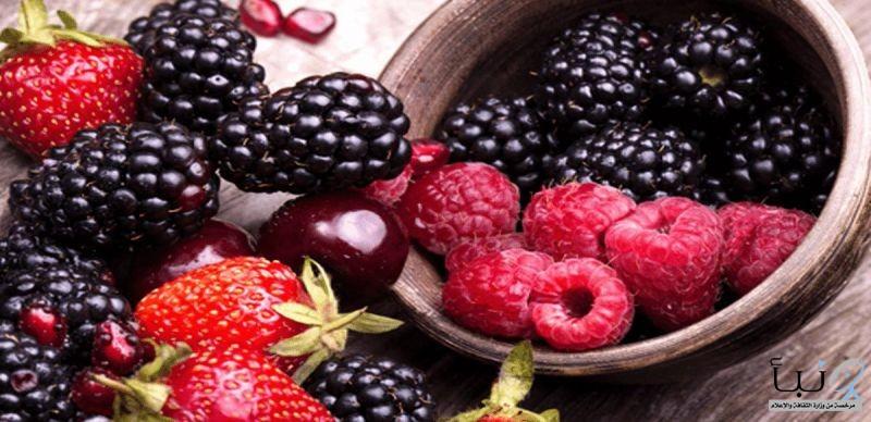 الرمان والتوت أحد هذه الاطعمة 15 غذاء لصحة القلب