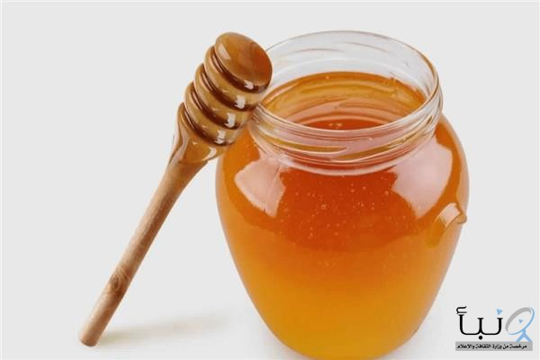 فوائد عسل النحل على الريق خفض الوزن وعلاج حب الشباب