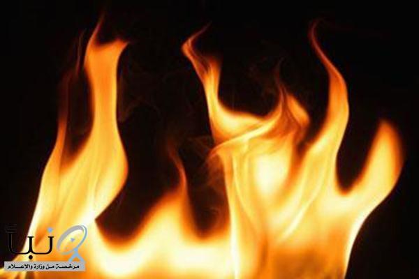 شاب يشعل النيران في جسد والده