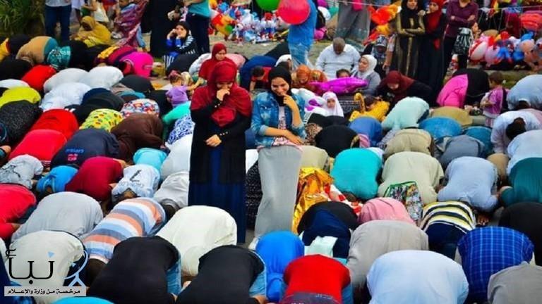 دار الإفتاء المصرية تعلق على اختلاط النساء بالرجال خلال صلاة عيد الأضحى