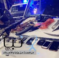 """""""شرطة الرياض"""" تضبط أحد أخطر مروجي المخدرات.. وهذا ما عثرت عليه في مخبئه"""