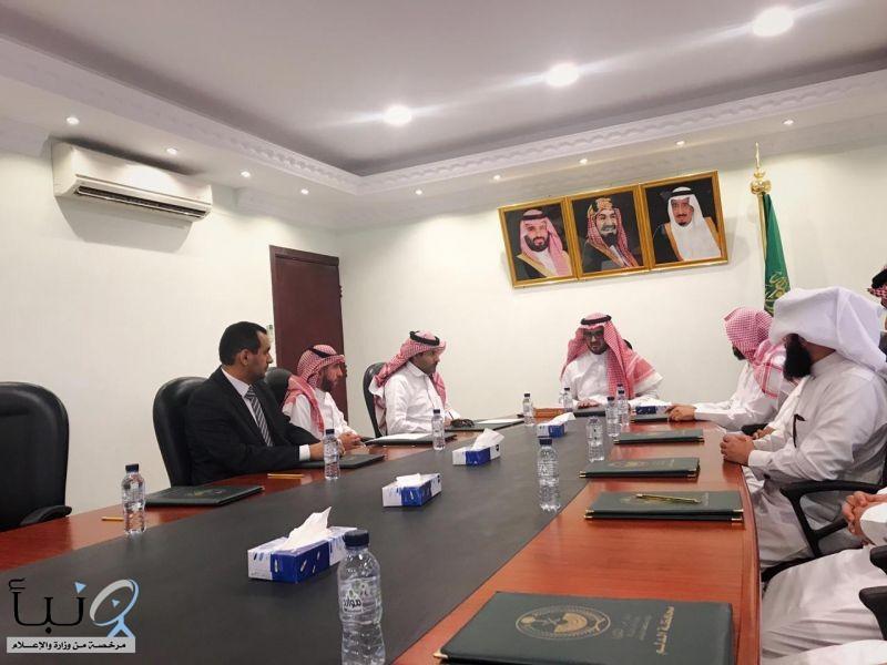 برئاسة محافظ الدلم: اجتماع ثنائي بين مستشفى الدلم و التعليم لتطوير الصحة المدرسية.