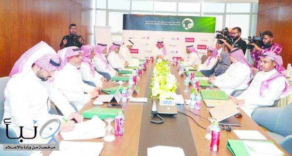اتحاد القدم  يعتمد تشكيل لجنة فنية من أعضائه الفرحان و الطفيل