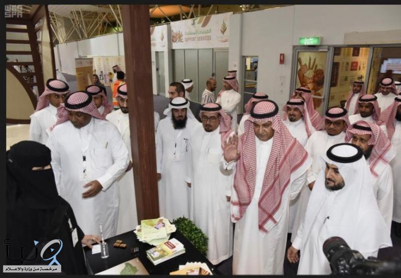 محافظ مؤسسة الحبوب يفتتح المعرض السعودي الدولي الرابع للمخبوزات والمعجنات