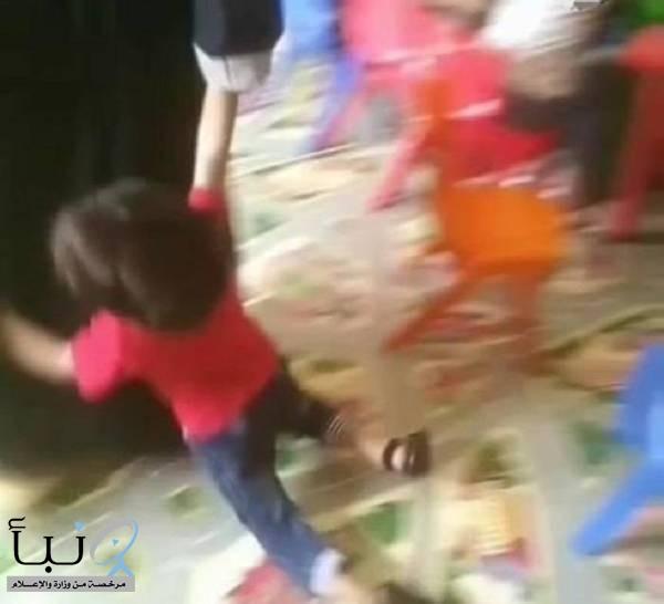 «النيابة» توجه بتحريك دعوى جزائية تجاه عاملة عنفت طفلا في حضانة