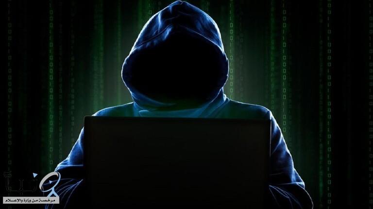 خلل في أندرويد يتيح التجسس على المستخدمين عبر كاميرا الهاتف