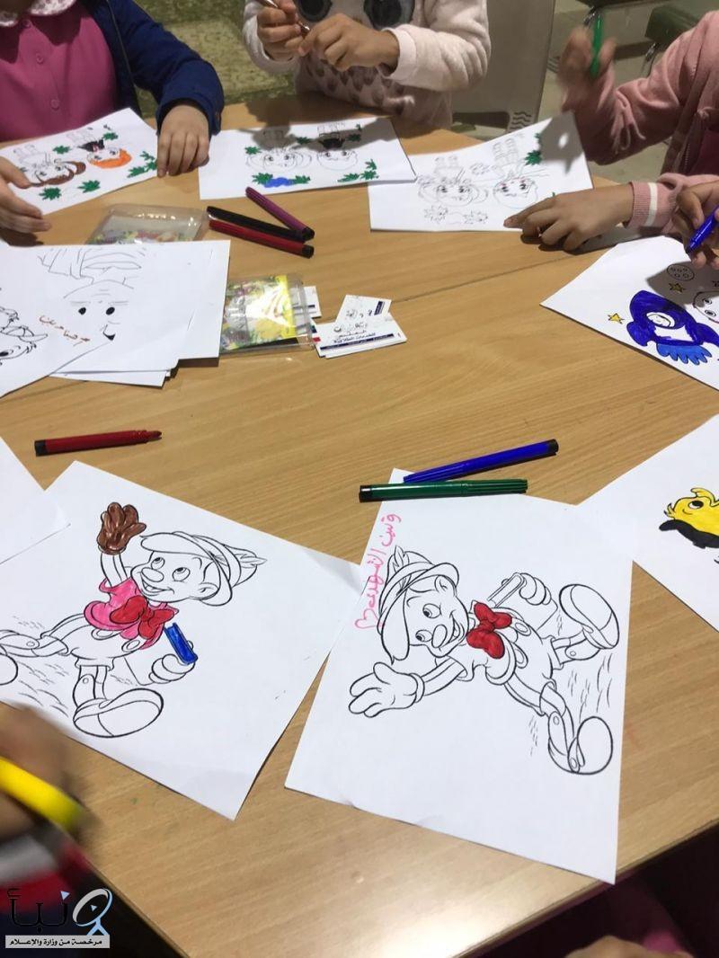 نادي رؤية للفن التشكيلي  يقوم بمبادرة عن يوم الطفل العالمي