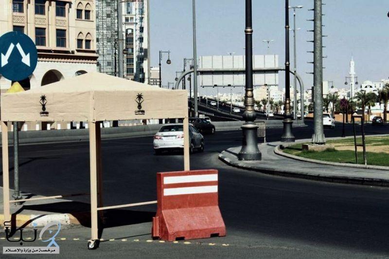 أكثر من 200 مظلة يقدمها فرع وزارة النقل للنقاط الأمنية بالمدينة المنورة