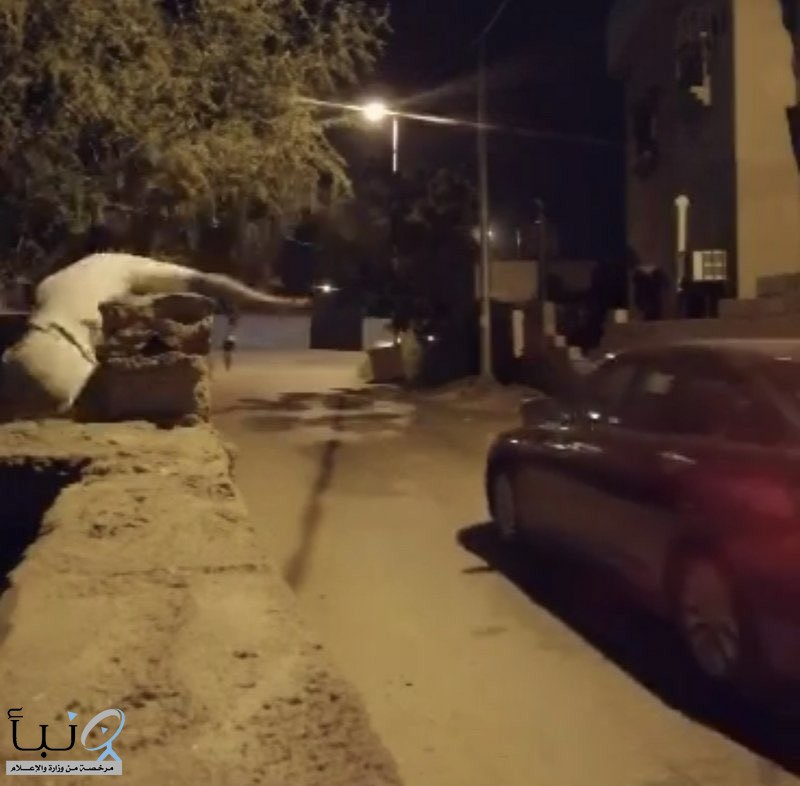 شرطة #جازان تطيح ب8 متهمين باعتراض الطرق ورشق المارة بالحجارة