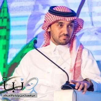وزير الرياضة يطمئن على صحة خالد الزيلعي هاتفياً