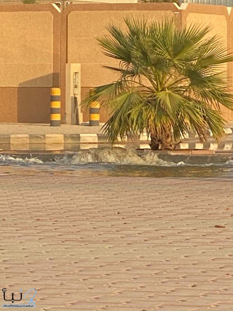 مياه المجاري تشوه طريق الملك فهد بالخرج