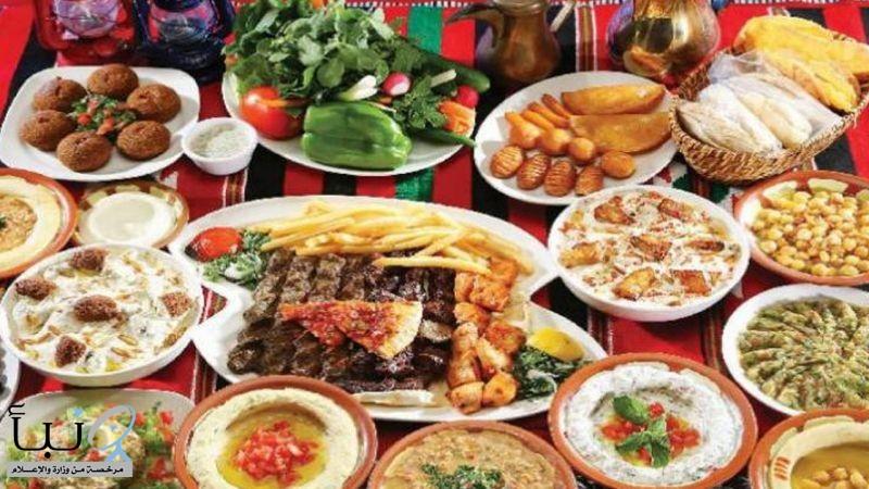 أطعمة محظور تناولها في العشاء: تسبب مشاكل «خطيرة»