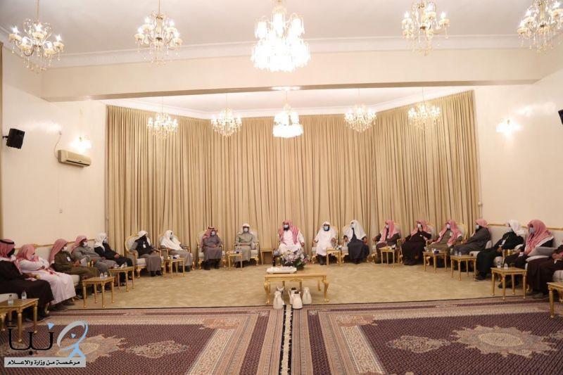 مدير عام هيئة الأمر بالمعروف بمنطقة القصيم يقوم بزيارة تفقديّة لهيئة محافظة الشماسية