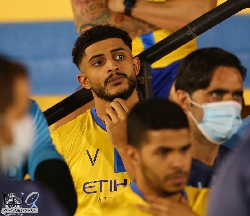 العمري جدد عقده مع #النصر لثلاث سنوات.
