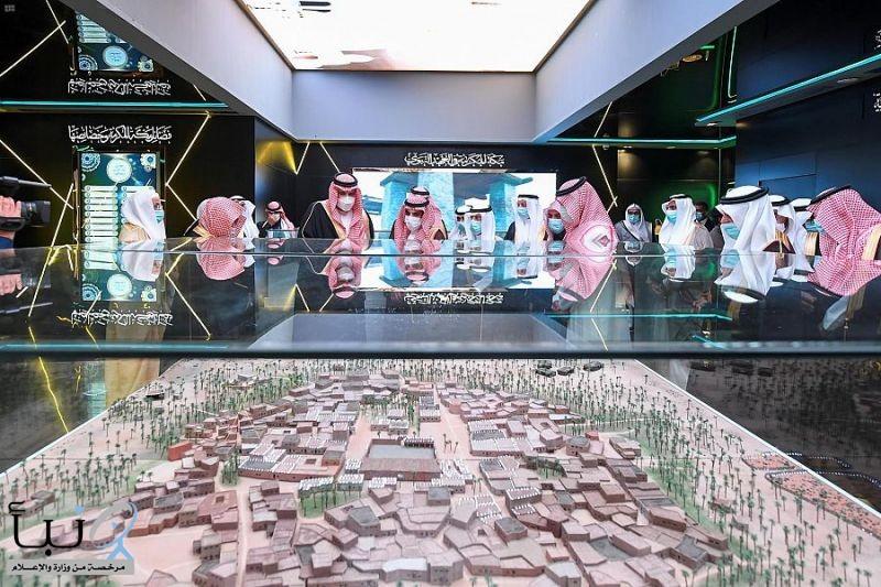 أمير المدينة المنورة يُدشن المعرض والمتحف الدولي للسيرة النبوية والحضارة الإسلامية