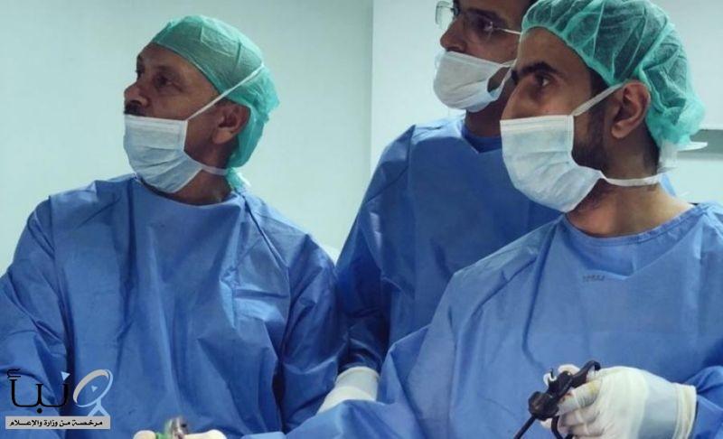 محققين أولويات غير مسبوقة وعمليات لحالات نادرة : كلية الطب بجامعة المجمعة تقدم خمسين استشاري من تخصصات مختلفة للمستشفيات في منطقة خدماتها