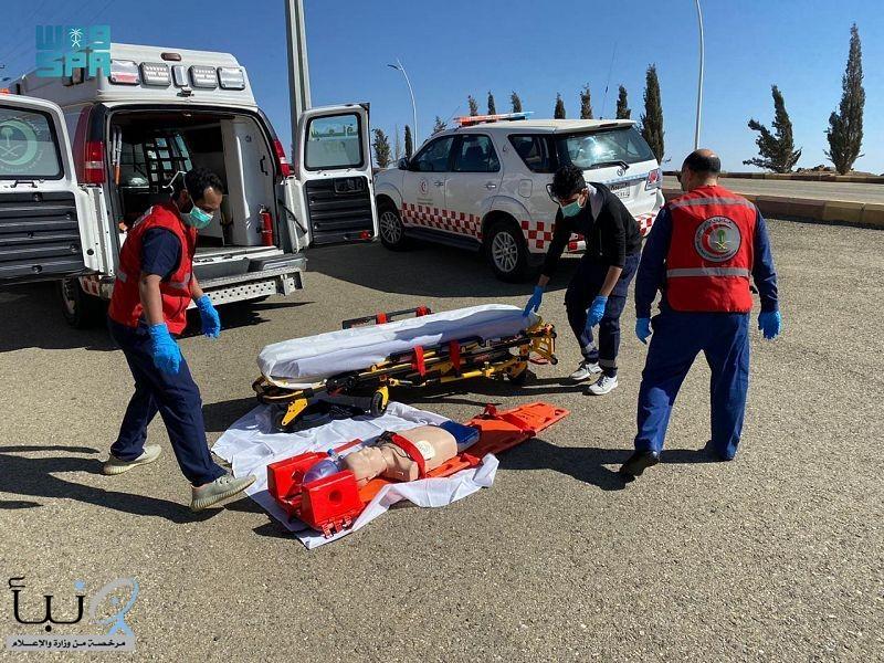 الهلال الأحمر بالباحة ينفذ دورات تدريبية لمنسوبيه والمواطنين والمقيمين بالمنطقة