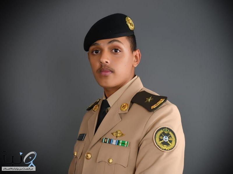سعود الدوسري  يتلقى التهاني بتخرج أبنه برتبة ملازم