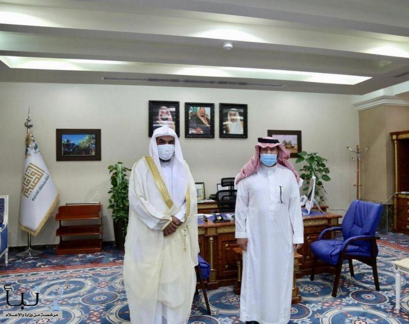 مدير عام فرع الرئاسة العامة لهيئة الأمر بالمعروف بمنطقة القصيم يزور أمين المنطقة