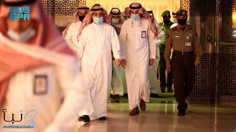 رئيس هيئة الطيران المدني يطلع على جاهزية مطار الملك خالد الدولي بالرياض