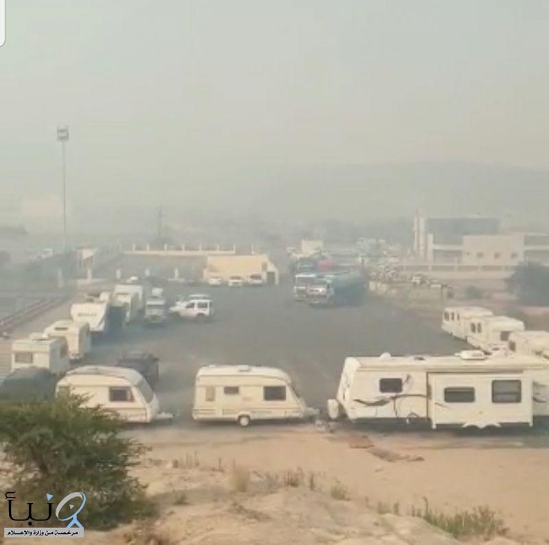 مواطن يشارك ب 12 كرافان مجانا  لخدمة المشاركين في حريق منتزهات عسير