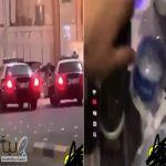 #الشرطة تطيح  ب  شابان يستعرضان تعاطيهما للحشيش داخل مركبة  ويصوران دوريتين أمنيتين